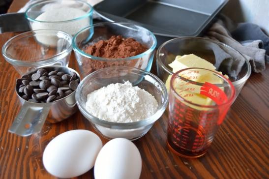Lowbrow-nies Ingredients